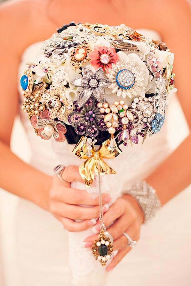 Lista de accesorios para tu boda. Bouquet o ramo de novia
